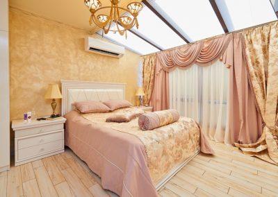 Царски Апартамент в Поморие -